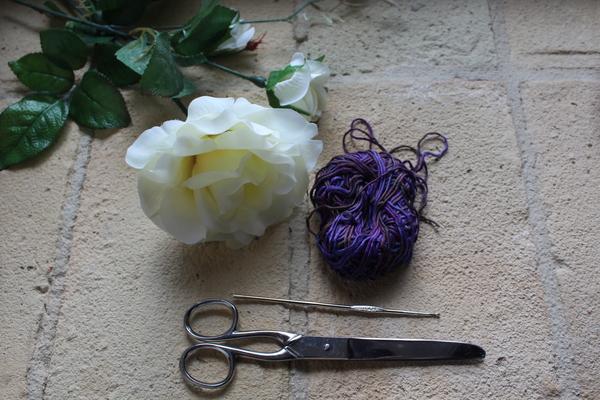 Come fare una spilla con l'uncinetto Bijoux fai da te creativapp stoffa e lana