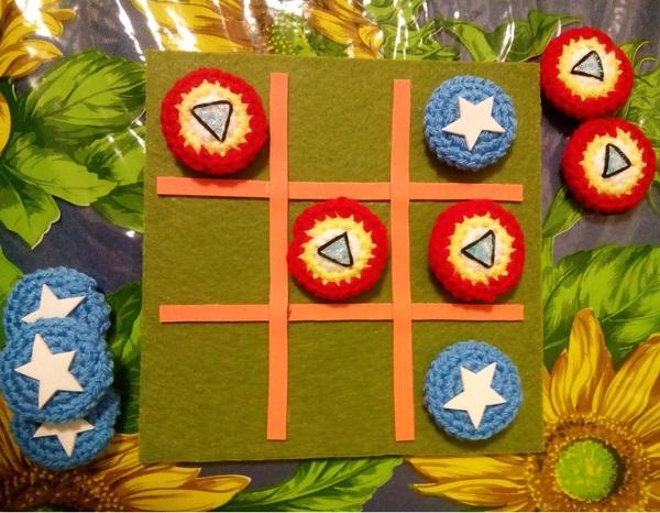 Gioco Fai-da-te: Tic Tac Toe in amigurumi amigurumi bambini creativapp feltro regali fai da te stoffa e lana