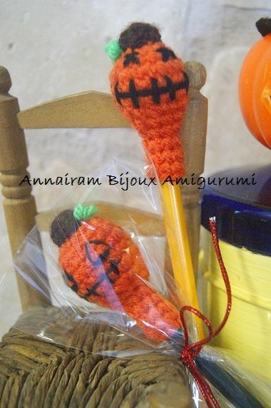 Matite zucca amigurumi per Halloween amigurumi creativapp Halloween fai da te stoffa e lana