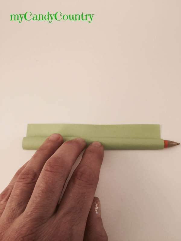 Semplici tulipani di carta origami tutorial - Foglio colore coniglietto pasquale ...