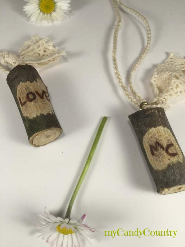 Semplice bijoux fai-da-te per San Valentino Bijoux fai da te legno e natura Riciclo Creativo San Valentino fai da te