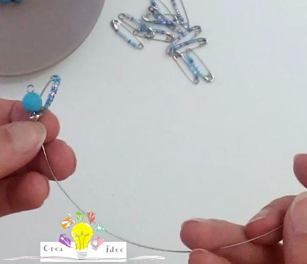 Ciondolo fai da te realizzato con le spille da balia Bijoux fai da te creativapp Riciclo Creativo