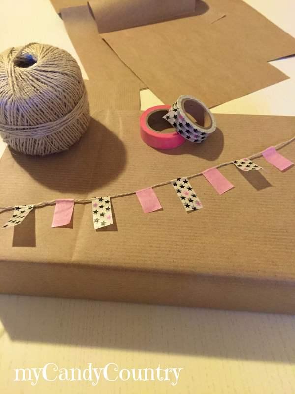 Creare un festone di bandierine per pacco regalo carta e cartone Compleanni fai da te packaging regali fai da te