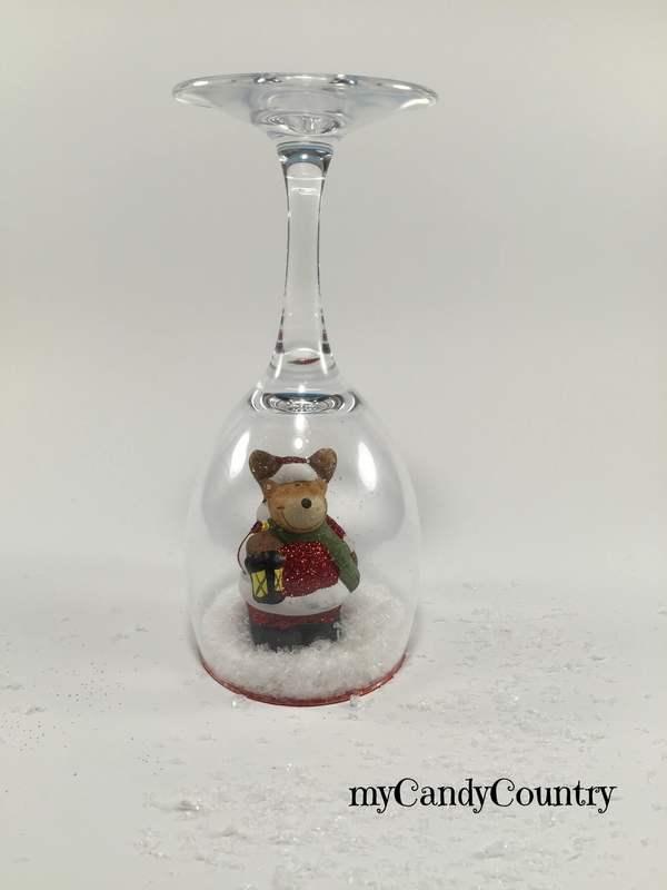 Portacandele fai da te con calici di vetro decorano il Natale ...