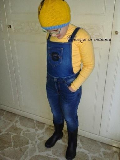 Carnevale fai-da-te: come fare il vestito dei Minions bambini Carnevale fai da te creativapp stoffa e lana