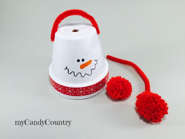 Pupazzi di neve fai da te con vasi di terracotta Inverno fai da te Natale fai da te Riciclo Creativo