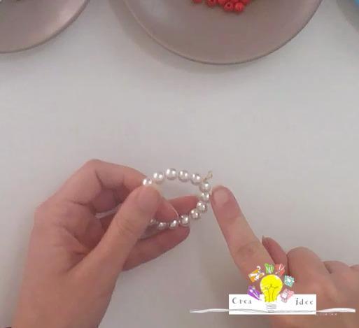 Chiudipacco fai da te con perline creativapp Natale fai da te packaging