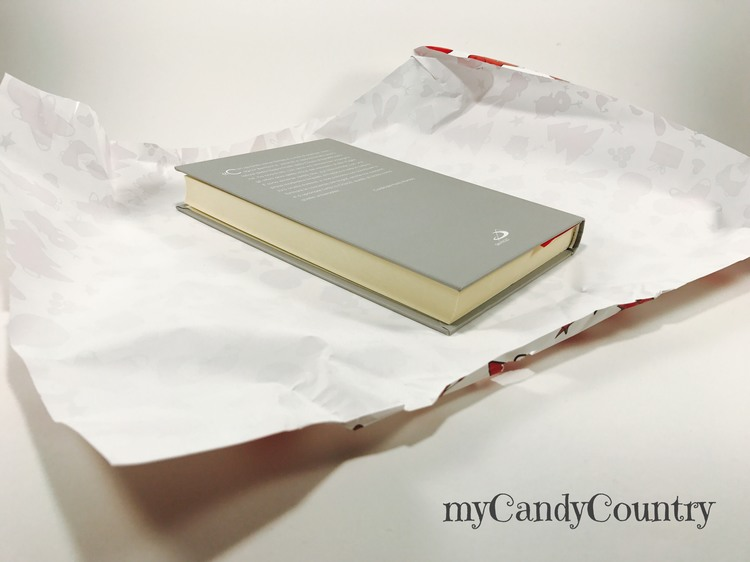 Riciclare la carta da regalo e fare un paralume fai-da-te carta e cartone Natale fai da te Riciclo Creativo