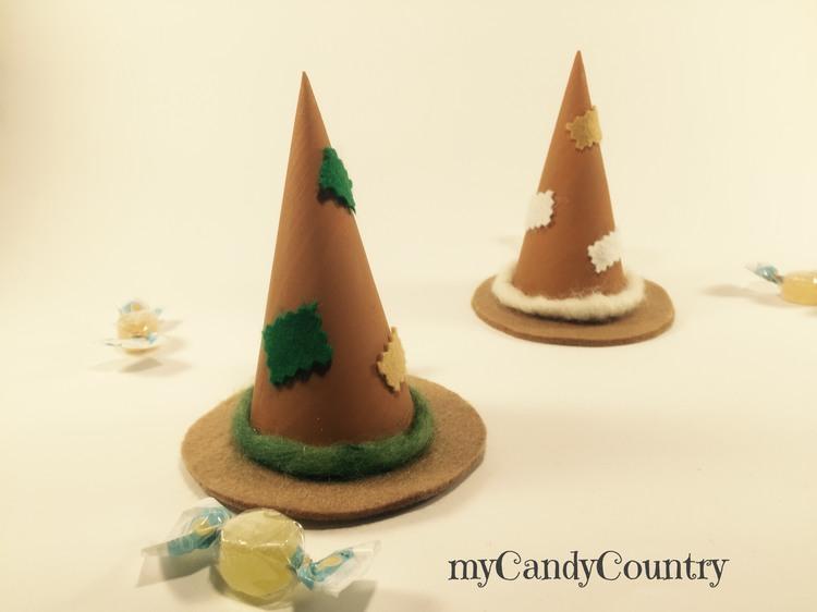 Cappelli calze della Befana fai da te con coni di pino  deb293b5d505