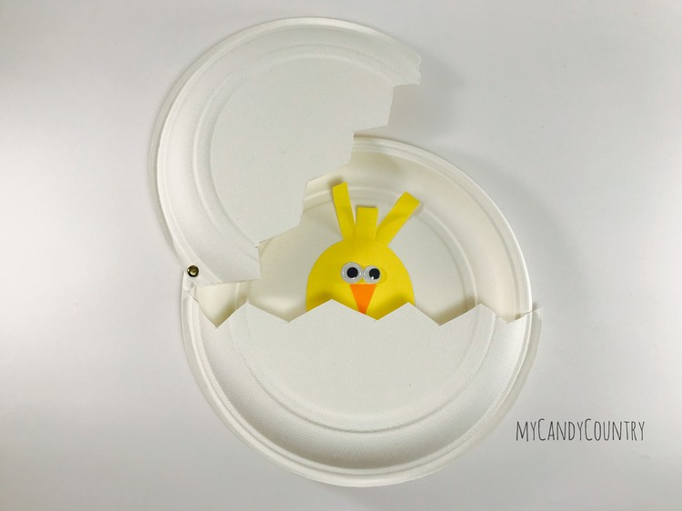 Uovo di Pasqua fai da te con sorpresa carta e cartone Pasqua fai da te Riciclo Creativo