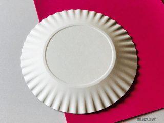 Cuore alato con ali di piatto di carta (1)1