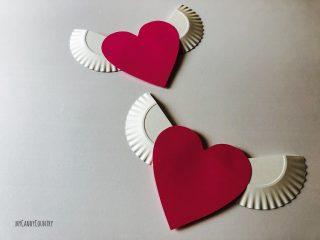 Cuore alato con ali di piatto di carta (7)7