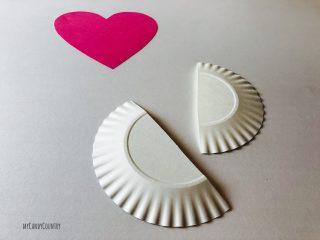Cuore alato con ali di piatto di carta (9)9